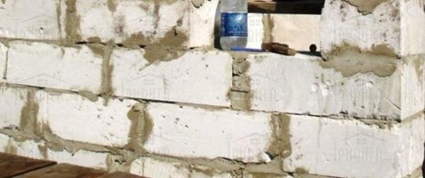 Фото 4. Чи можна використовувати цементно-піщаний розчин для кладки газобетонних блоків?