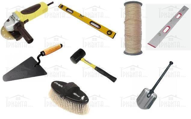 Фото 2. Инструменты для укладки тротуарной плитки