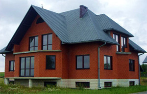 кирпичный дом, дом из кирпича