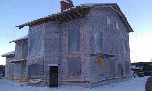 Фото 2. Етапи консервації будівництва будинку на зиму