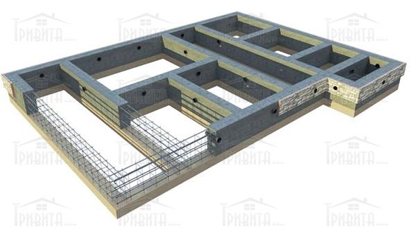 Фото 4. Стрічковий фундамент і його гідроізоляція