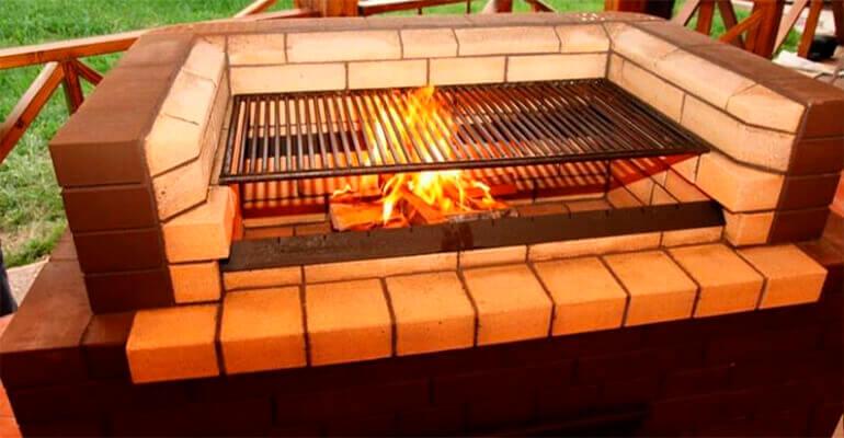 Фото 4. Мангал барбекю из кирпича