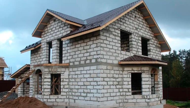 Загородный дом из газобетона