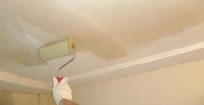 Фарбування стін після грунтування