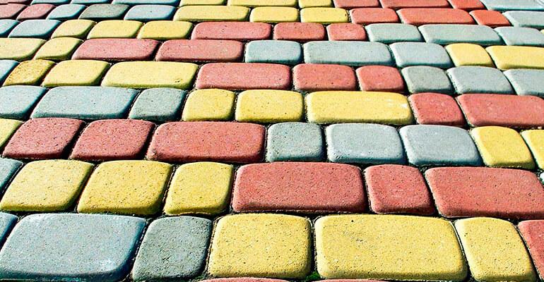 Фото 2. Відмінність бруківки від тротуарної плитки