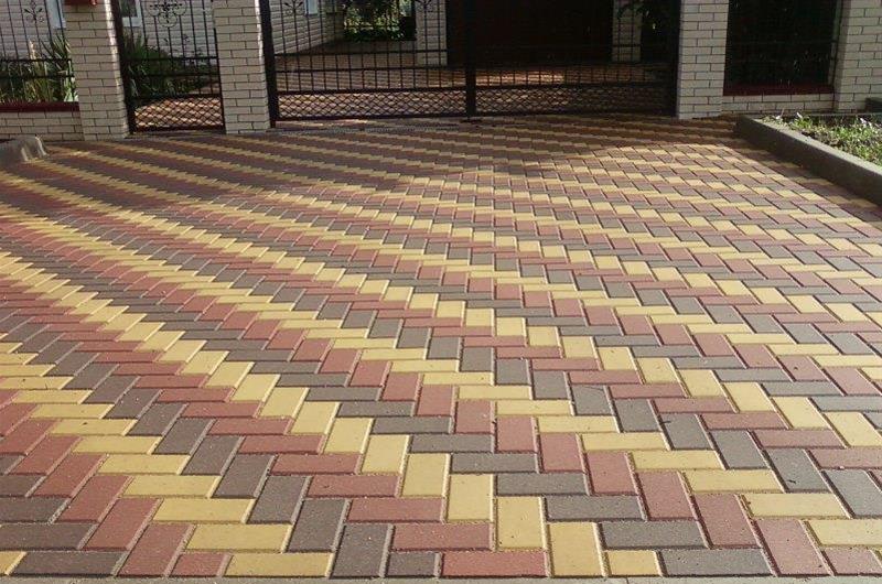 Тротуарная плитка кирпич для мощения дорожек