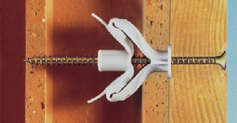 Дюбель кріплення у керамоблоці